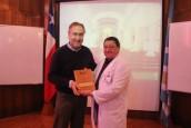 Destacado médico quillotano brindó charla ante sus pares en Hospital San Martín
